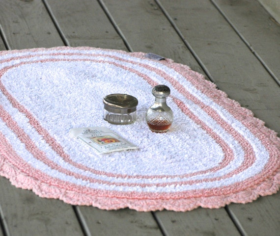 Bath Rug Cotton Retro Vintage Pink White Crocheted I Love