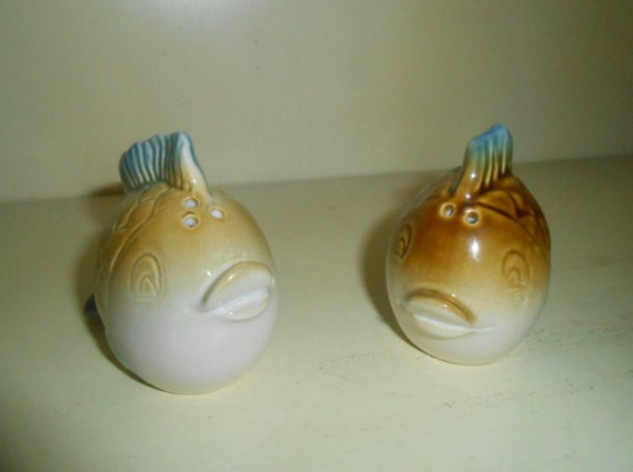 Pair Of Vintage Ceramic Tropical Fish Salt And By