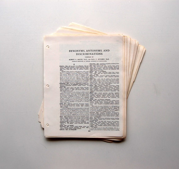 Vintage dictionary pages synonyms antonyms and for Synonyms for vintage
