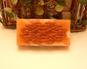 Amber scented Glycerin and Goats Milk soap.  Musky and amazing!