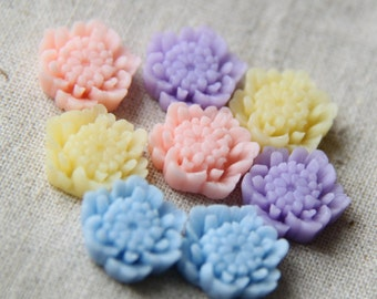 12 pcs of resin floral cabochon 18mm detailed 0015-mix color