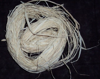 Natural raffia,2 oz,gift wrapping,crafts,florals,holiday crafts,country, natural package ribbon