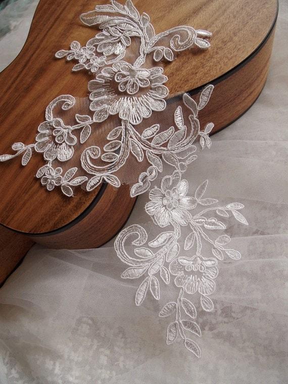 Basket Weaving Osi : Bridal applique ivory alencon lace
