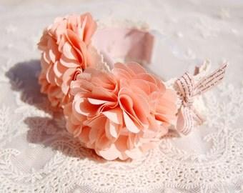 Beautiful light Orange flower collar for dog or cat, pet fashion. handmade wedding dog collar,cute dog collar.Birthday gift for dog