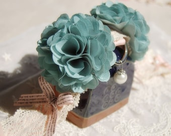 Vintage blue flowers collar for your lovely dog, pet fashion. handmade wedding dog collar,cute dog wedding collar.Birthday gift for dog
