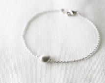 dot bracelet - minimal