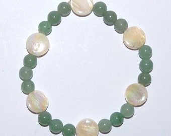 Stretchy Bracelet with Green Aventurine and Cream Pau Shell, on Jewellery Elastic, Childs or small size, easy to wear