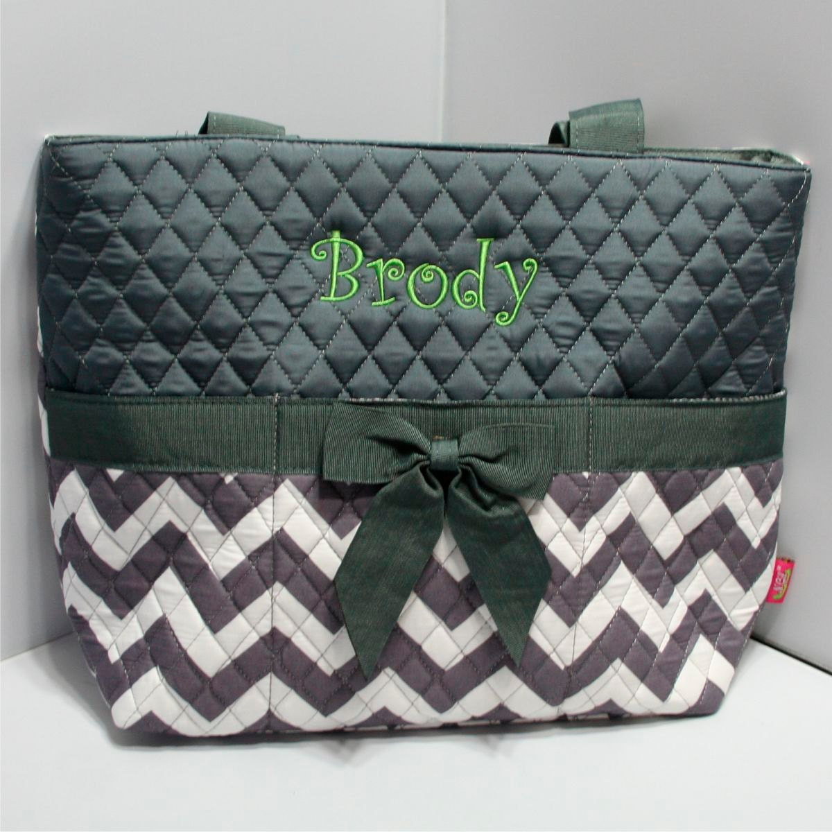 diaper bags personalized monogrammed chevron bridesmaid. Black Bedroom Furniture Sets. Home Design Ideas