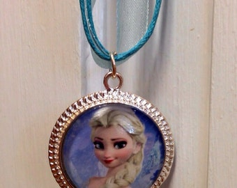 Elsa Frozen necklace and bracelet set
