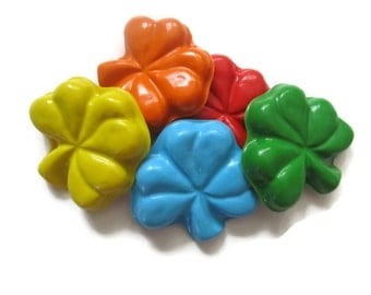 Shamrock Crayons set of 20 - St Patricks Day Crayons - Irish Crayons - Clover Crayons
