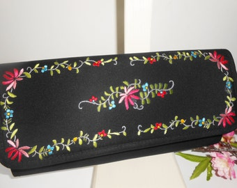 Black Evening Bag, Embroidery Purse, Vintage Black Purse, Black Clutch Bag, Embroidery Handbag EB-0447