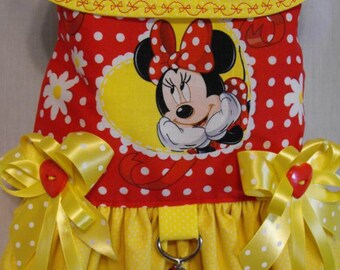 Minnie Mouse yellow