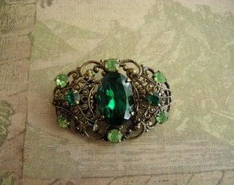 Vintage 1920s Czech Glass Rhinestones Brooch Pin Filigree