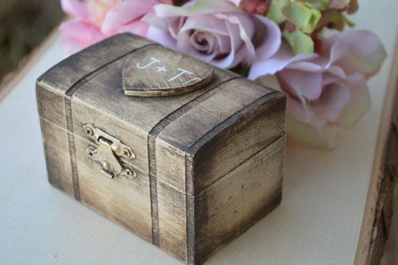 Rustic ring box custom ring bearer box by redheartcreations for Custom made ring box