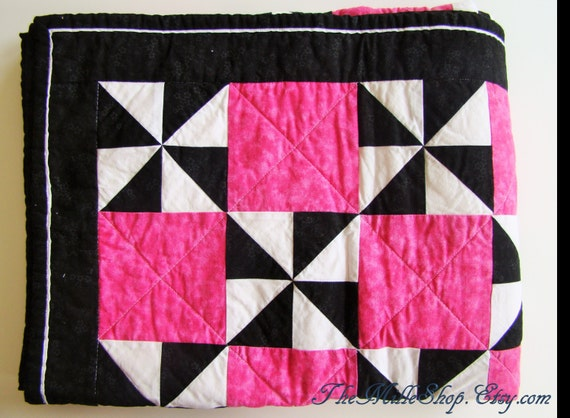 Quilt, Throw, Black, White, Pink, Pinwheel, READY-TO-SHIP