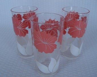 1960's Pink and White Flower Drinking Glasses, Set of 3