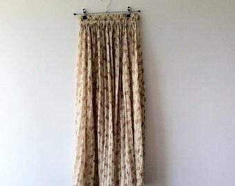 SALE!!!!!!! Floral  Skirt.Long  Vintage Skirt.Women Skirt.