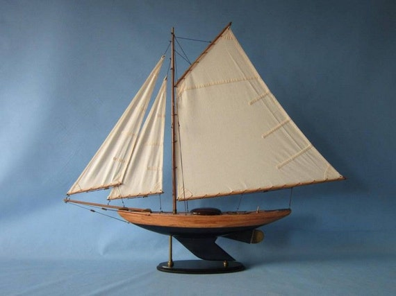 "26"" Racing Model Sailboat Model Sail Boats w/ Different Color Schemes / Racing Yacht Replicas"