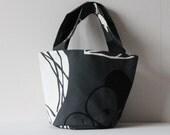 Mini tote bag, dark grey bag with apple and leaf print