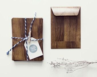 Paper bag with wood look (medium)