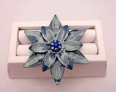 Enameled Blue Flower Vintage Pin/Brooch- Collectible Jewelry - Collectible Pins - Gift Idea-Summer Jewelry- Enameled Flower Pendant