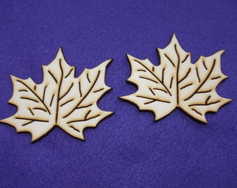 2 maple leaves, wood, 7 x 8 cm (01-0017A)