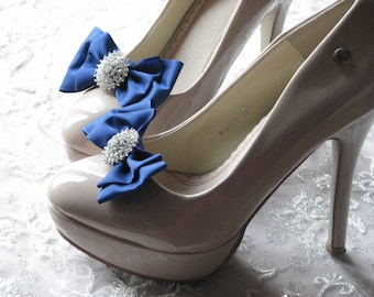 Royal blue shoe clips Bridesmaids royal blue Shoe accessories Rhinestone shoe clips Bridal shoe clips Something blue Royal blue wedding