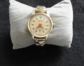 Swiss Made Princess Jewelled Ladies Wind Up Vintage Watch