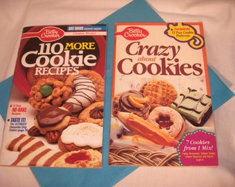 TWO Betty Crocker COOKIE COOKBOOKS Over 200 Cookie Recipes