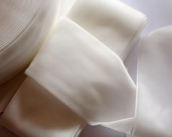 3 yards 2 inches Velvet Ribbon in Of White RY20-02