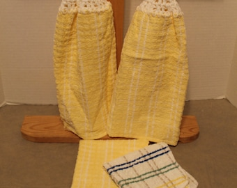 YELLOW PLAID Crochet Hanging Kitchen Towel Set