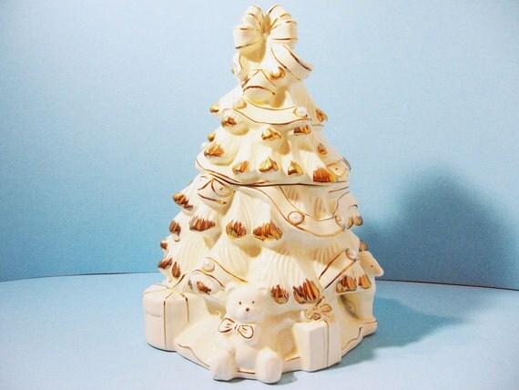 Ceramic Christmas Tree Cookie Jar Creamy White By