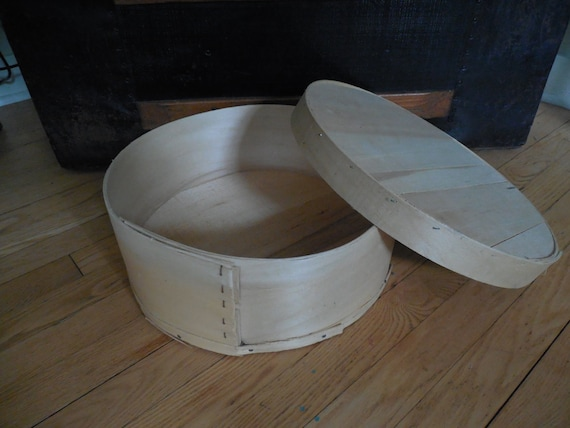 Rustic round wooden cheese box for decorating gift by for Circular wooden box