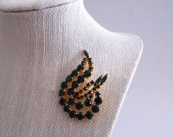 Emerald Green Rhinestone Brooch - Mid Century Green and Gold Pin - Vintage 1950s Prong Set Rhinestone Brooch