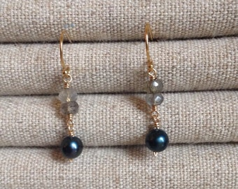 Labradorite and green pearl gold earrings