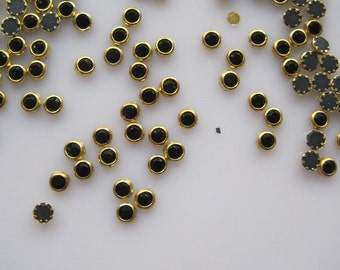100pcs Cute 4mm Black Rhinestone with Gold Outside Decoration Nail Art decoration OD-103