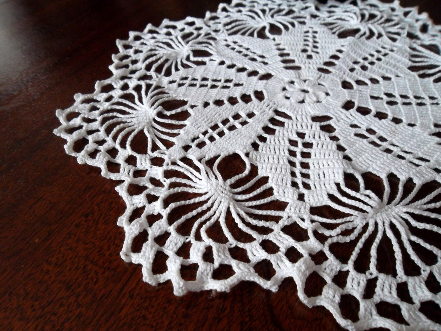 Small Round Doily Coffee Table Cloth White By Myhandmadepassion