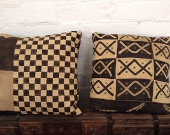 SALE 20% OFF  A pair of Kuba Raffia Textile Abstract Graphic Pillows