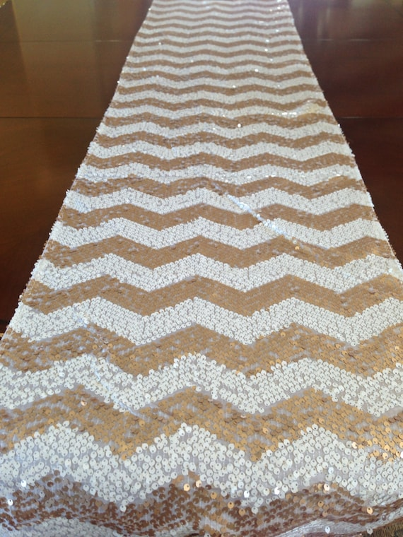 sequin chevron table runner gold and white. Black Bedroom Furniture Sets. Home Design Ideas