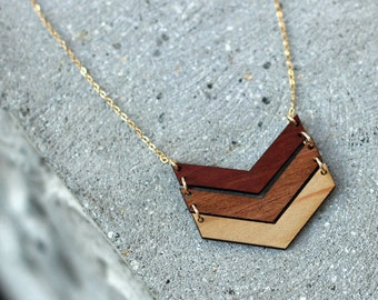OMBRE // 3 CHEVRON WOOD Necklace