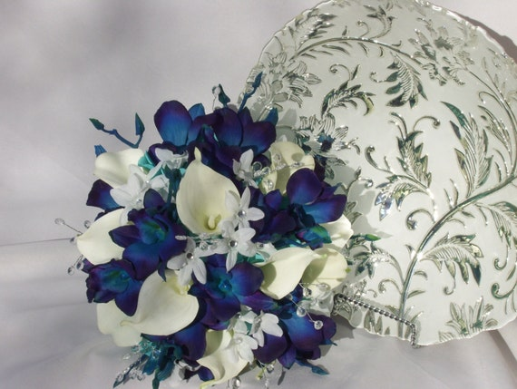 Valerie's Bridal Bouquet Blue Violet CA Dendrobuim