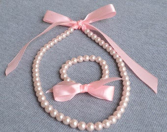 pearl set,pink ribbon pearl set,pale pink pearl, Little Girl Pearl and ribbon Necklace and Bracelet set ,flower girl gift or first pearls.