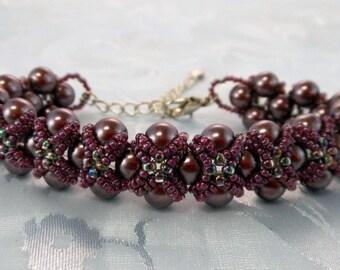 "Elegant ""Lauren"" Captured Pearl Bracelet (001-309)"