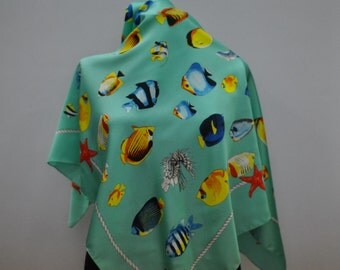 Vintage SCARF with exotic fish pattern .....