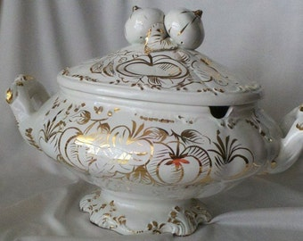 """Vintage Ivory and Gold Tureen """"Italy"""""""