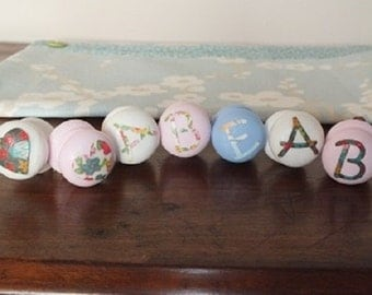 Wooden Painted Drawer Knobs for Cupboard or Drawers