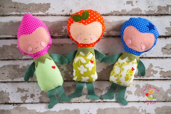 One (1) Fruit Person Doll, (Strawberry, Blueberry or Orange Doll) Polka Dot Fruit Softies,