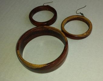 Wood bangle bracelet and earrings