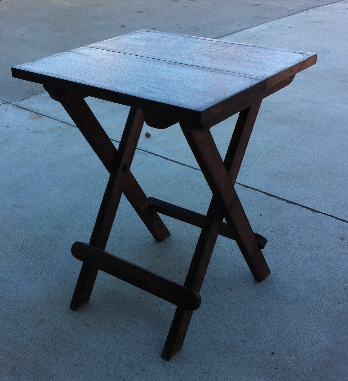 fold up table fold up table 16 x 15 x 20 high 11643