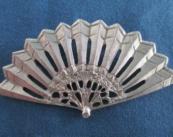 Vintage Fan Brooch On Silver Tone Vintage Costume Jewelry Vintage Pins Silver Jewelry Silver Brooch Silver Pins Silver Fan